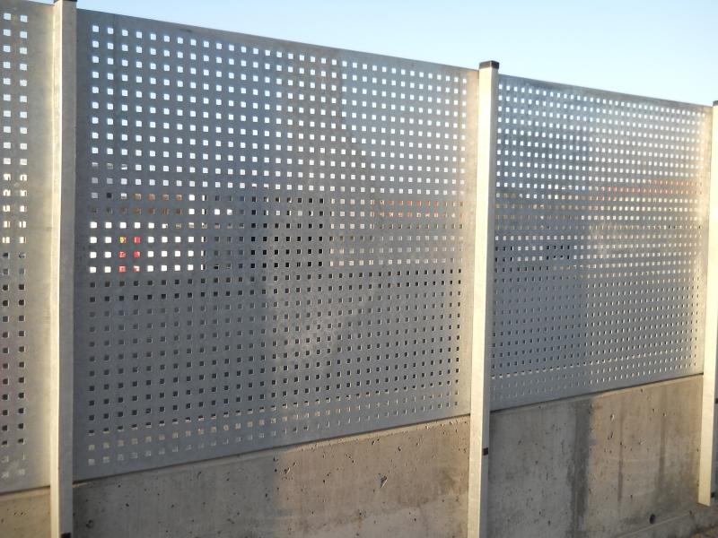 Galvaniseret-hegn-3